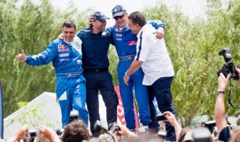 2010 Dakar Rally winners Carlos Sainz and Lucas Cruz Senra celebrate with VW management