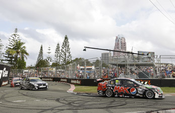 Greg Murrphy's Pepsi Max Crew Holden leads the pack at Surfers Paradise