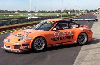 The L'Oreal Porsche in pitlane at Sandown