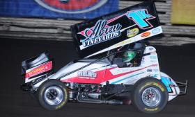 Kyle Larson won opening night at the Knoxville Nationals