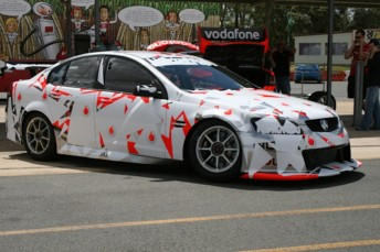 888-022 was used as Triple Eight's Holden test mule ahead of the 2010 season