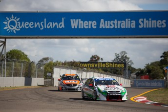 V8 Supercars continue talks with Queensland government over extensions to its three Events