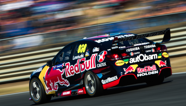 Craig Lowndes scored a 40th career pole ahead of Race 6