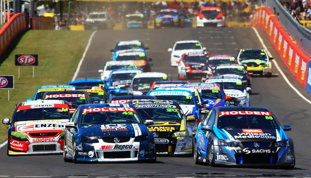 Paul Dumbrell leads at the start of the new 250km Bathurst feature race