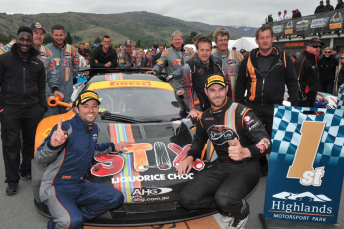 Klark Quinn and Shane van Gisbergen celebrate Highlands 101 victory