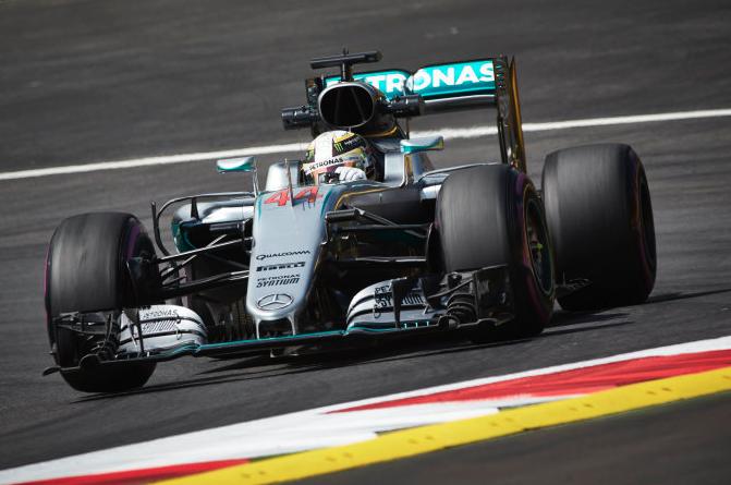 Hamilton takes pole in frantic Austria qualifying - Speedcafe