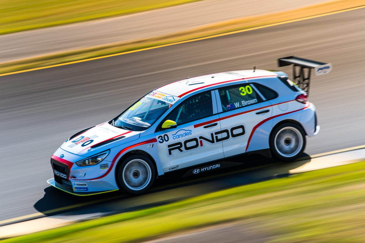 Brown takes the spoils in frantic Race 3 - Speedcafe